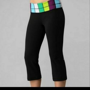 Lululemon Athleta Black Reversible Crop Pants